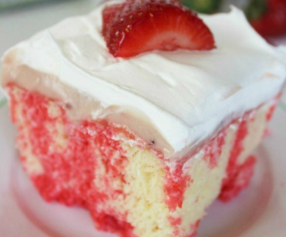strawberry vanilla cake strawberry cheesecake poke cake recipe 7780