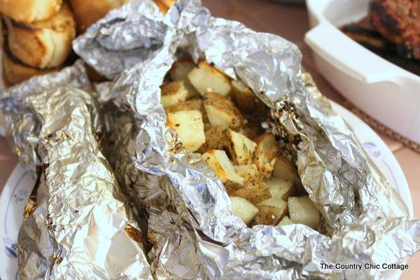 grilled potato packets-001