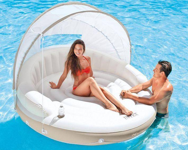 Style & Fun go hand in hand with these 15 Must Have Swimming Pool Floats for Summer. Everything from Pink Flamingo to Pineapple Pool Floats as well as Donut Pool Floats and More!