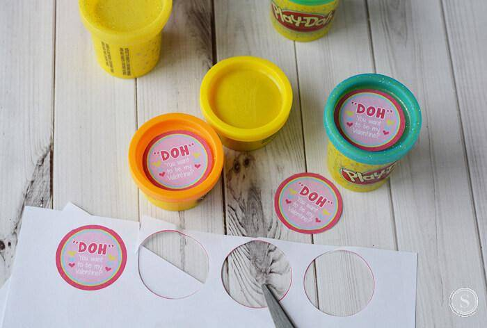 How to Make Play Doh Valentines