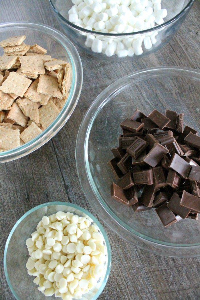 I love this Hershey's S'Mores Trail Mix Recipe, it's super tasty!