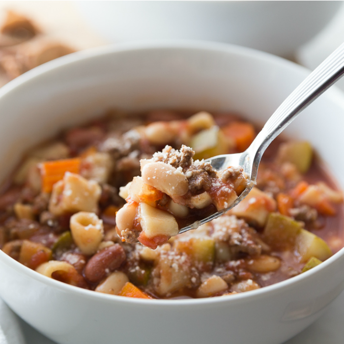 The Best Copycat Olive Garden Minestrone Soup Recipe