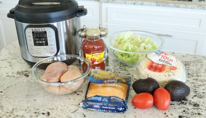 ingredients to make chicken tacos