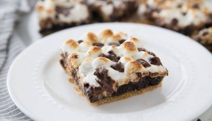 s mores brownies with graham cracker crust