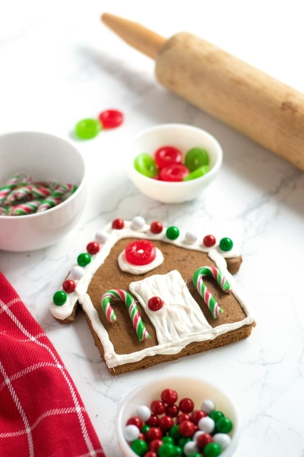 how to make a gingerbread house cookie