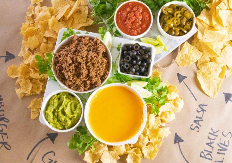 easy nacho table